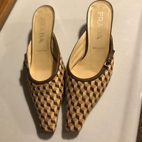 Prada pointy shoes size 6.5
